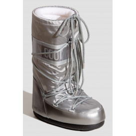 Moon Boot Glance